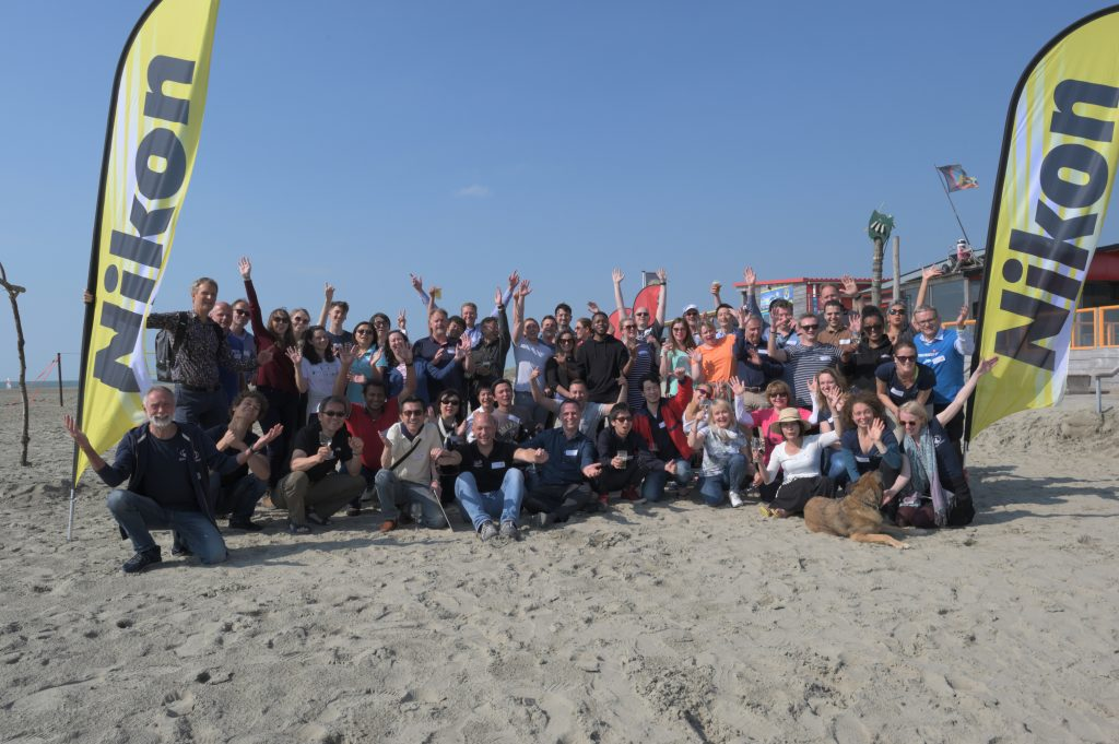 Nikon Europe volunteers, beach cleanup