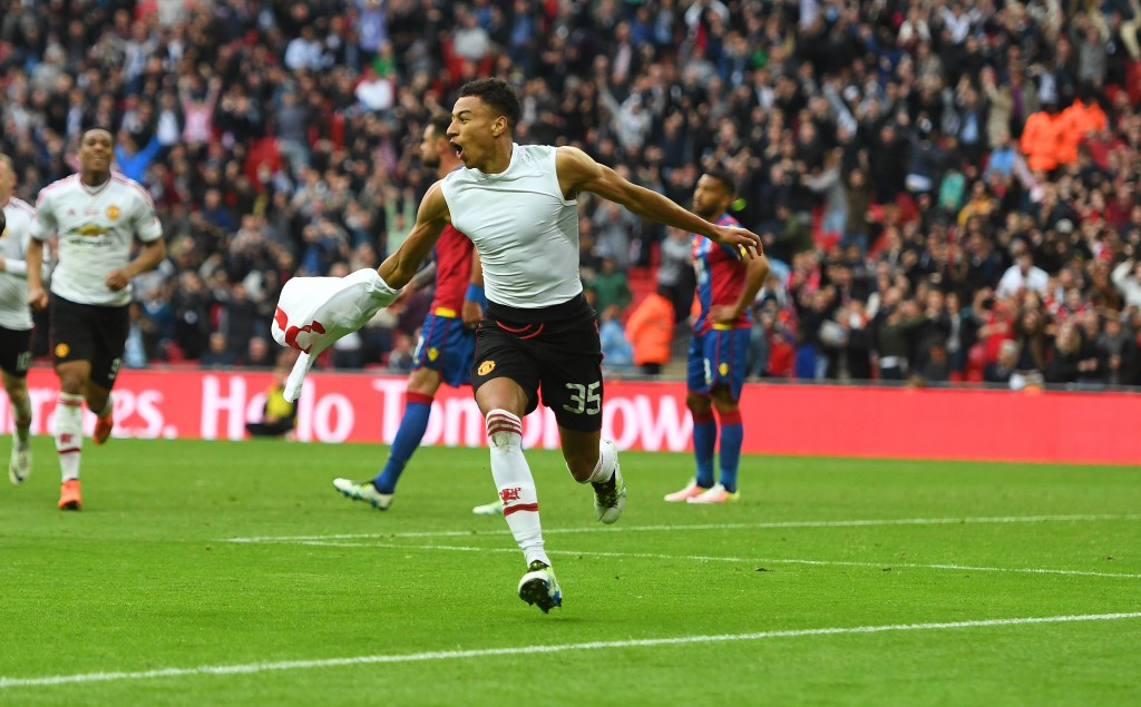 JESSE LINGARD CELEBRATES SCORING FOR MAN UTD 2-1, Crystal Palace v Manchester United FA Cup Final Wembley Stadium, Nikon D5 body with a Nikon 70-200mm F2.8 lens @ ISO 2000 |Nef Raw Files | 1/2000th sec | F2.8 | Continuous High Motor Drive (12fps) | AF (AF-C) | d25 AF points © Mark Pain