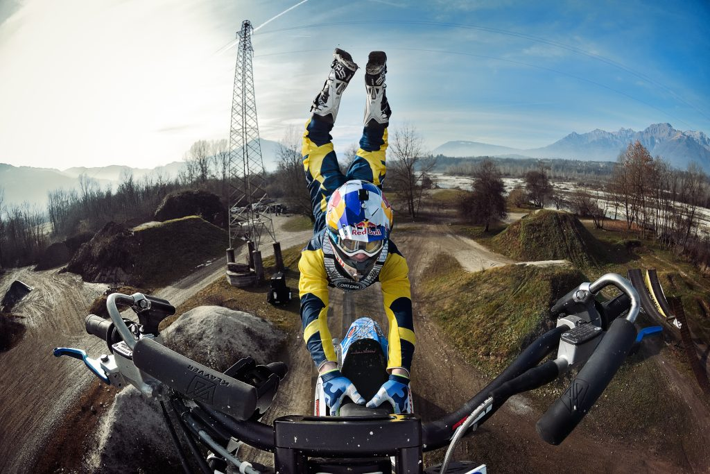 Luc Ackerman jumps with the Nikon D500 mounted to his handlebars. Nikon D500 + NIKKOR AF DX Fisheye 10.5mm f/2/8G ED|1/4000s| ISO 1600 | 35mm ©Marcel Lammerhirt