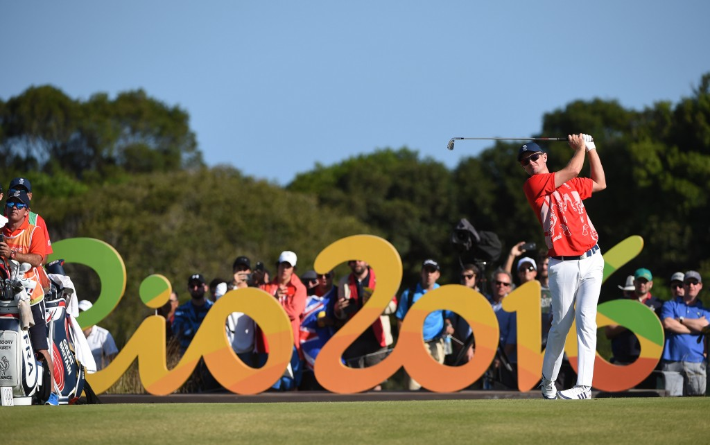 Justin Rose of Great Britain tees from the 16th during the third round of the Rio 2016 Olympic Games men's golf tournament at the Olympic Golf Course in Barra da Tijuca, Rio de Janeiro, Brazil, 13 August 2016.