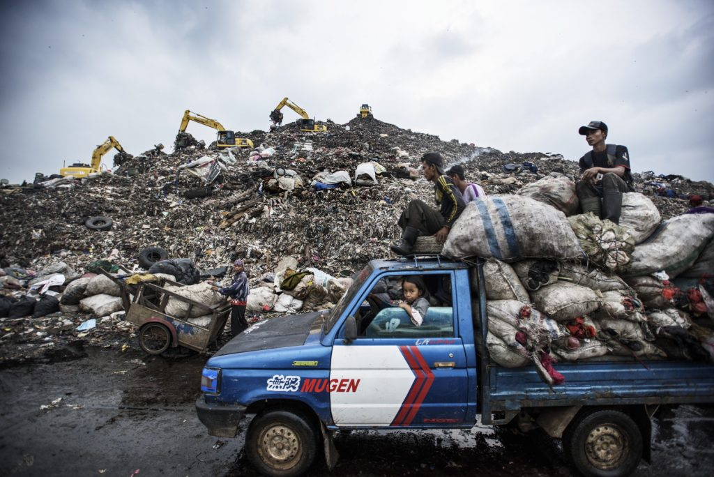 Jakarta's waste dump captured by Nikon European Ambassador, Kadir van Lohuizen
