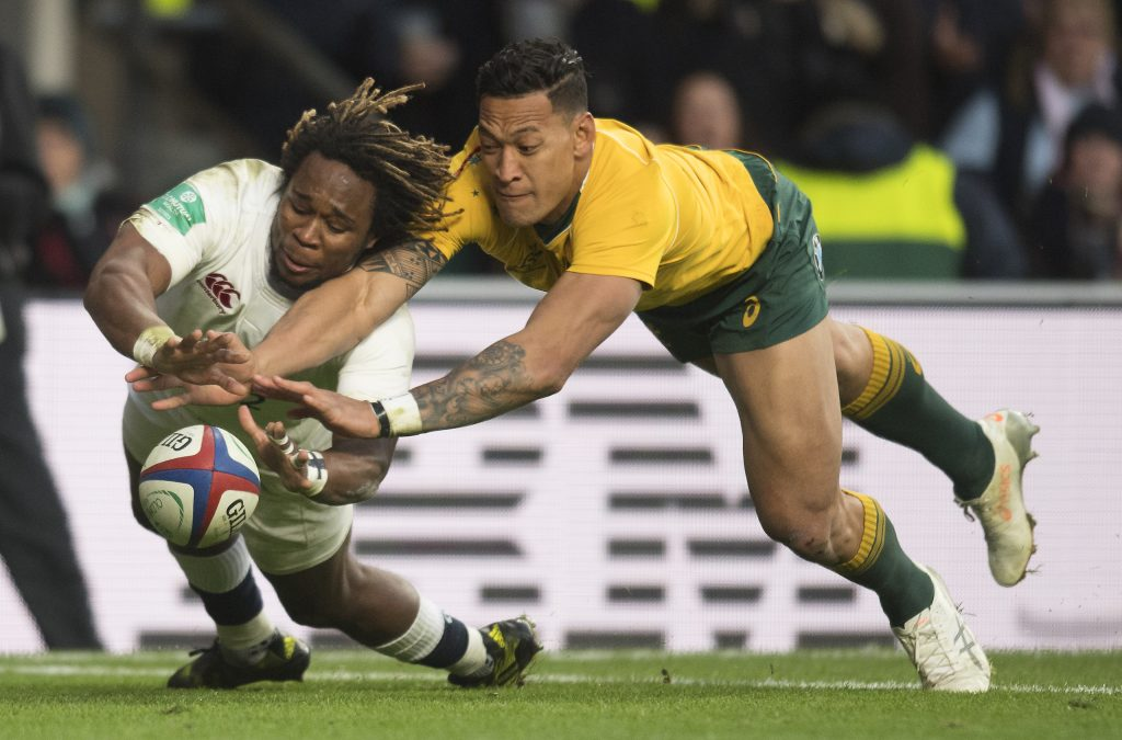 MARLAND YARDE SCORES A TRY FOR ENGLAND DESPITE THE DESPERATE TACKLE OF REECE HODGE England v Australia Old Mutual Wealth Series International Twickenham Stadium Copyright Picture : © Mark Pain 03/12/2016