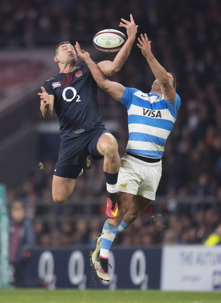 Jonny May battles for the ball England v Argentina Old Mutual Wealth Series International Twickenham Stadium Copyright Photo © : Mark Pain