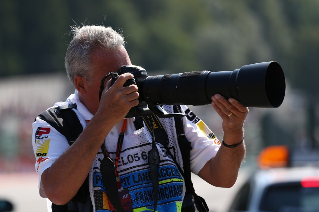 Mark Sutton (GBR) F1 Photographer and the new Nikon AF-S NIKKOR 200-500mm f/5.6E ED VR Lens at Formula One World Championship, Rd11, Belgian Grand Prix, Practice, Spa Francorchamps, Belgium, Friday 21 August 2015.